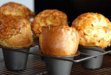 Gruy�re and Black Pepper Popovers