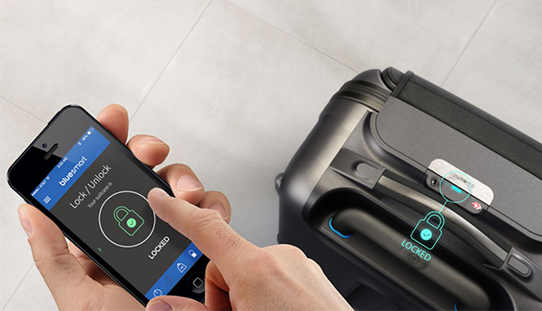 The 4 Smartest Suitcases in the Entire World